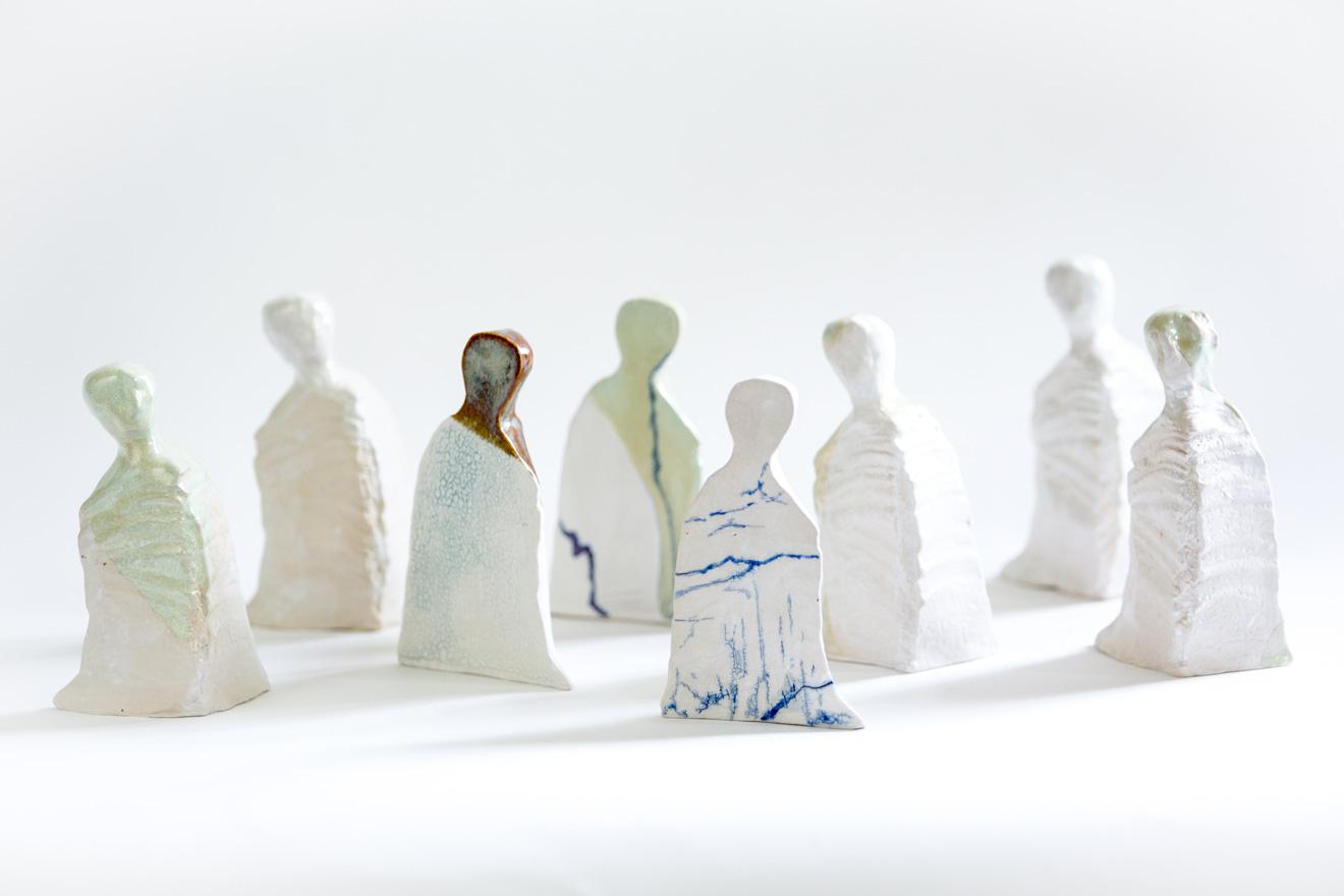 Figurengruppe-Homunculi_Steinzeug
